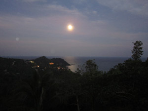 Full Moon in Thong Nai Pan